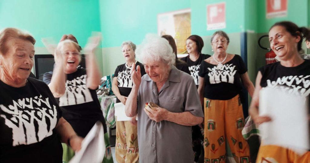Il coro di Montecavallo alla residenza per anziani Oasi Serena
